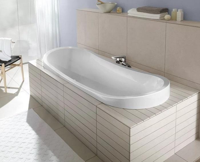 как выбрать акриловую ванну в санузел
