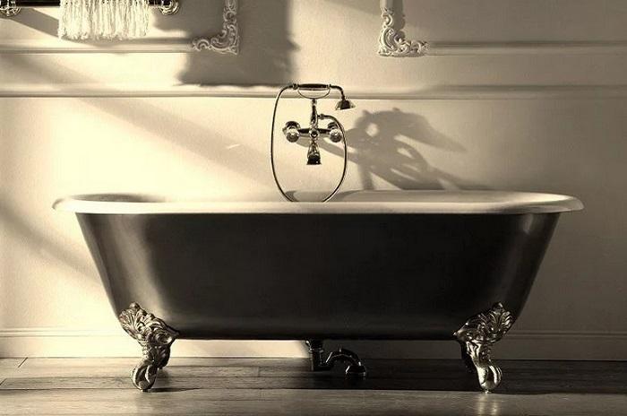 монтаж чугунной ванны