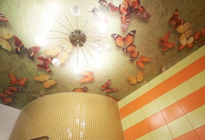 натяжные трехмерные потолки в ванной