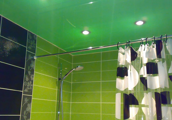 натяжные потолки в ванной в москве
