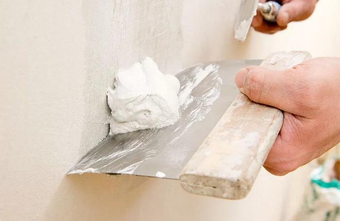 оштукатуривание стен в санузле в москве