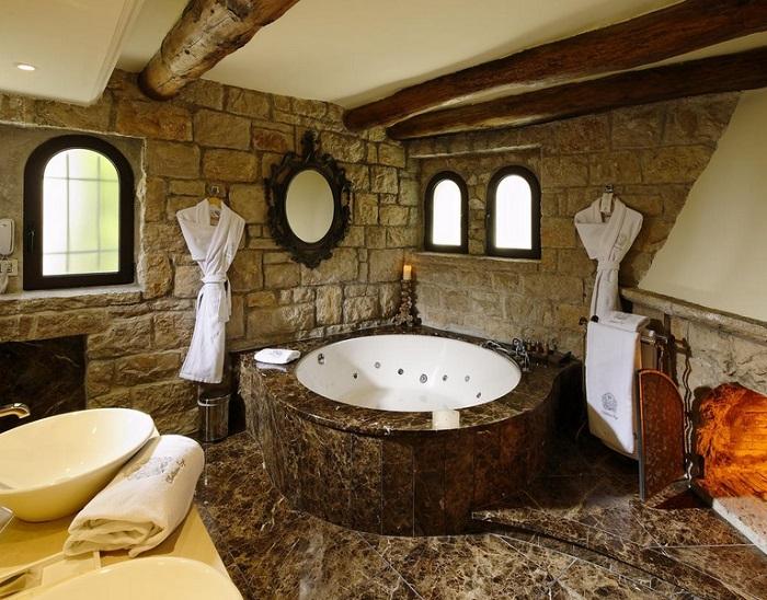 пещерный стиль ванной