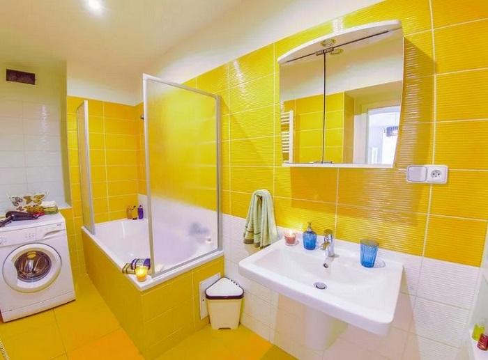 ремонт ванной желтый