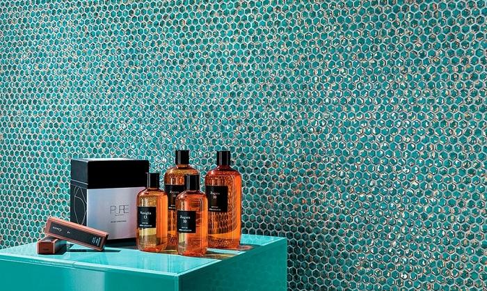 Стеклянная мозаика в ванной