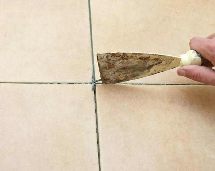 укладка плитки по диагонали в ванной комнате